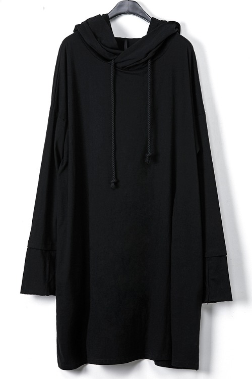 Wide Long Hooded T-shirt