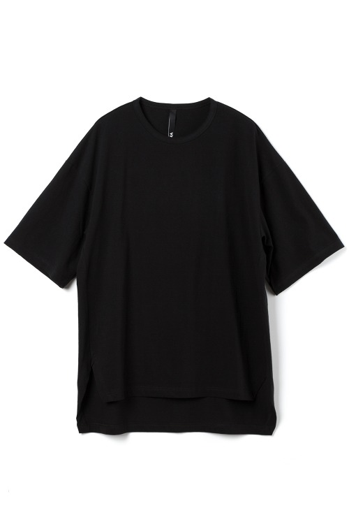 Loose-fit Basic T-shirt